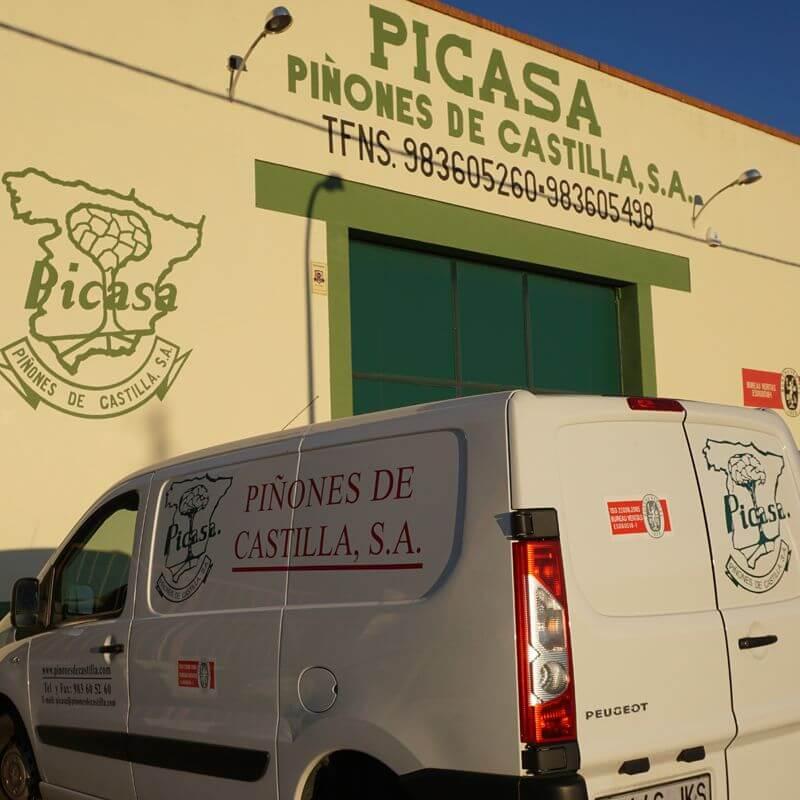 Piñones de Castilla - Exterior de la empresa
